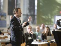 Hypnosis In London Confident Presentation